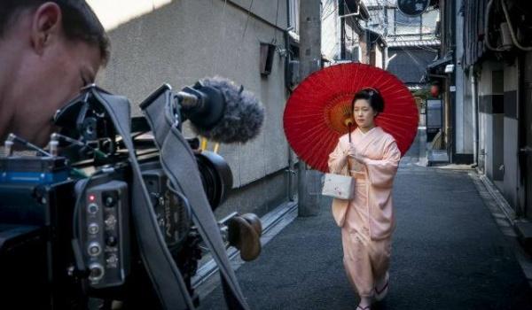 Going. | Van Gogh i Japonia - pokaz + spotkanie z Philem Grabskym - Kinoteatr Rialto
