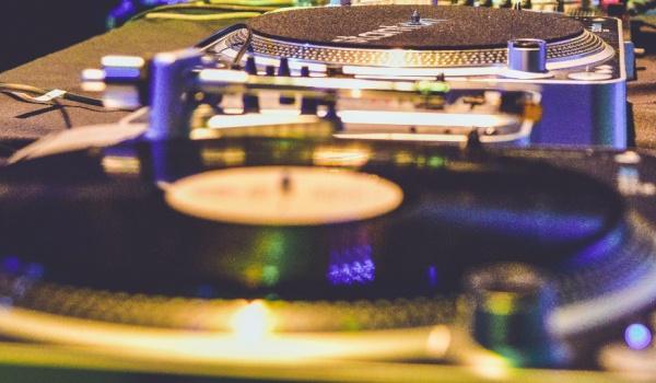 Going. | Clap Clap: DJ Twister & DJ 69Beats - City Hall