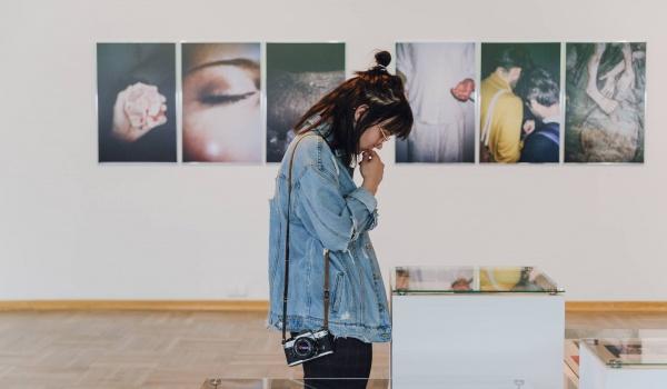 Going. | Miesiąc Fotografii - finisaż - Galeria Bunkier Sztuki