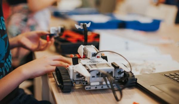Going. | Lato w Kadrze: Robotyka i programowanie - Dom Kultury Kadr