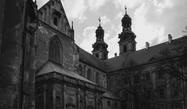 Going. | Interior 2019 - Klasztor Cystersów w Lubiążu