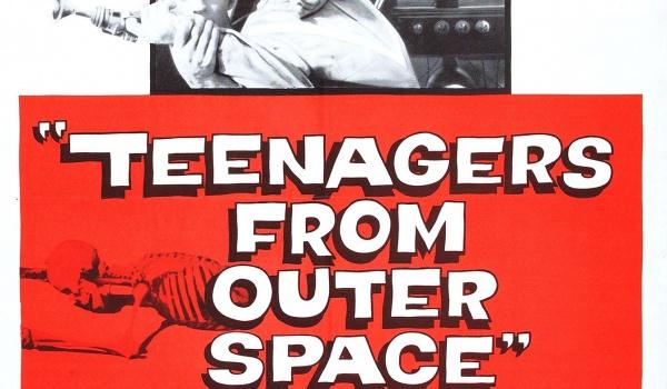 Going. | Najgorsze wakacje świata: Nastolatki z kosmosu - Kino Muranów