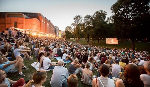 Going. | Kino w parku Starego Browaru - Stary Browar