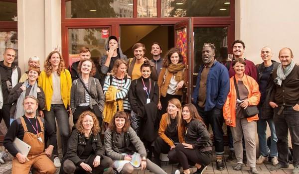 Going. | I Ogólnopolskie spotkanie aktywistek i aktywistów propokojowych - Galeria Skala