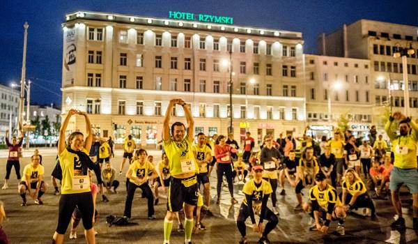 Going. | Bieg dla Pokoju − Kilometry dla Obozu Moria, Night Runners - Park Cytadela