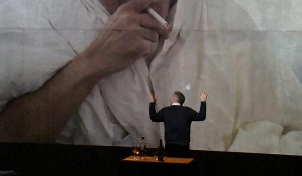 Going. | Całe życie - Teatr Barakah / ArtCafe Barakah