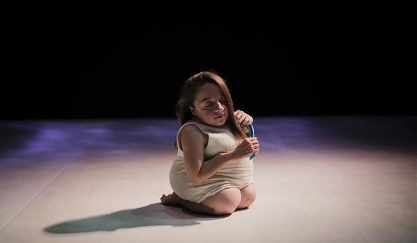 Going. | Gentle Unicorn, reż. Chiara Bersani - Studio Słodownia +3