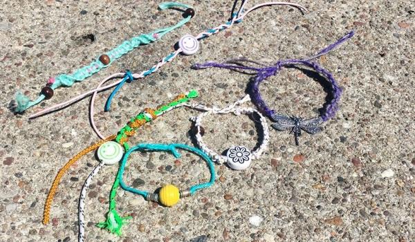 Going. | Letnie bransoletki dla dzieci - Cudotwory