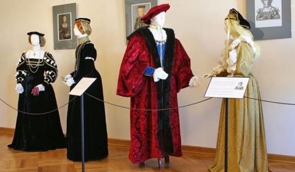 Going.   Wystawa kostiumologiczna - W renesansowym Lublinie - Dominikanie