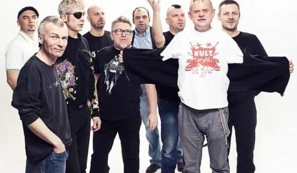 Going.   KULT - Warszawa II - Klub Stodoła