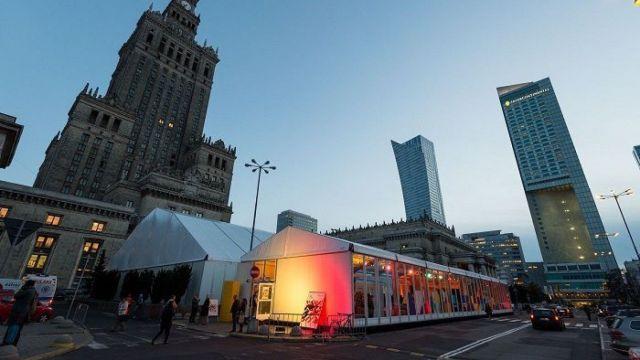 Namiot Festiwalowy przed PKiN