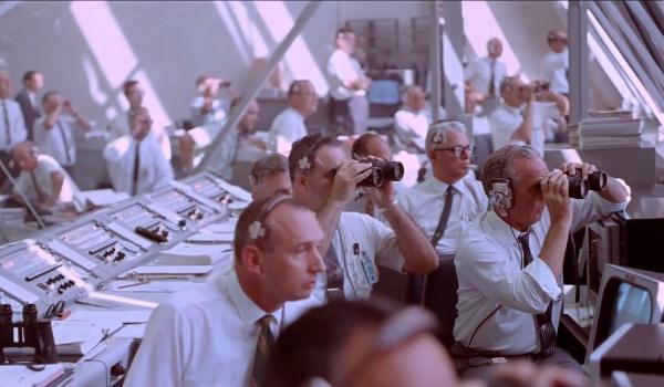Going. | Pokaz filmowy: Apollo 11 - EC1 Łódź