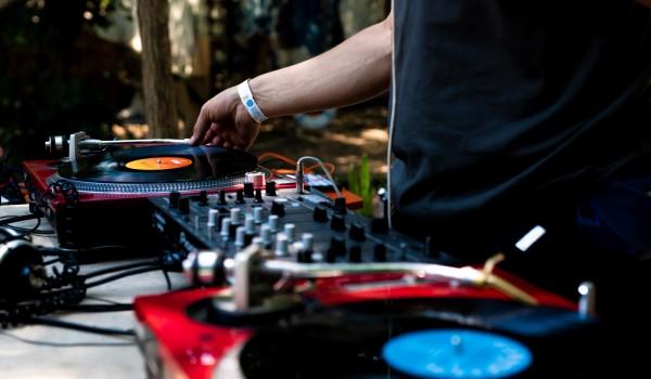 Going.   DJ night: Jazz Loves Adorno vol.II - Drzwi Zwane Koniem