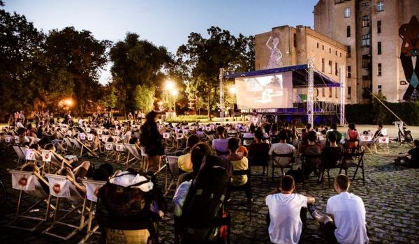 Going. | Kino Letnie na Wyspie Słodowej - Wyspa Słodowa