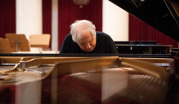 Going. | Recital fortepianowy – Grigory Sokolov - Filharmonia Narodowa
