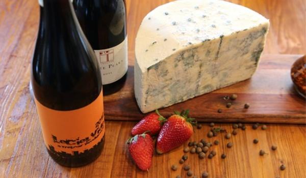 Going. | Degustacja białego wina oraz serów - Kombinat