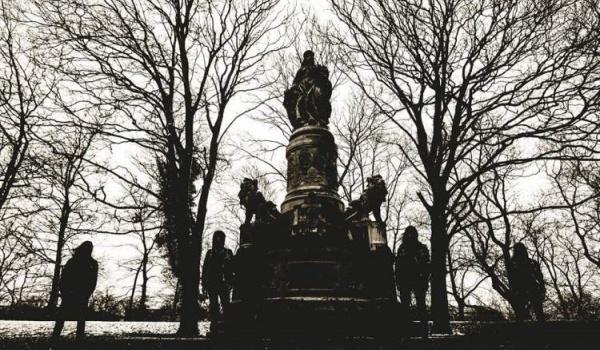 Going. | Taphos, Superstition | Warszawa - Klubokawiarnia Chmury