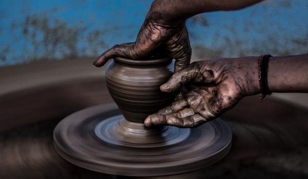 Going. | Kurs ceramiki i garncarstwa - Żywioły ziemi