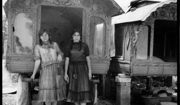 Going. | Pożegnanie Taboru | Wystawa zdjęć Andrzeja Polakowskiego - Warsztaty Kultury