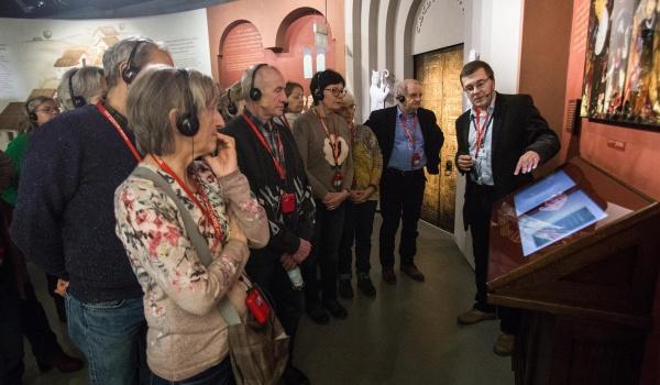 Going. | Senioralne piątki | spacery po wystawie stałej - Muzeum Historii Żydów Polskich POLIN