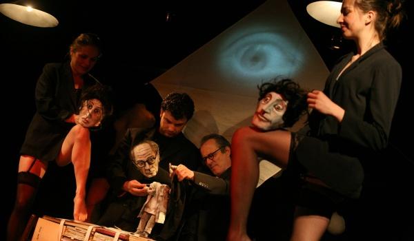 Going. | Bruno Schulz – historia występnej wyobraźni - Teatr Pinokio w Łodzi