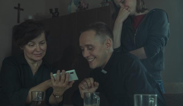 Going.   Boże Ciało - studencki Nocny Klub Filmowy #218 - Kino Pod Baranami