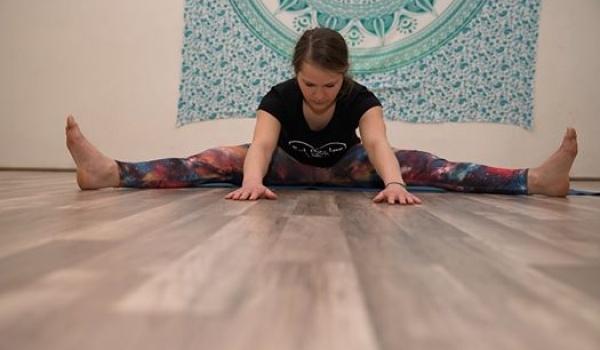Going. | Hatha joga dla początkujących - Złap balans - joga i medytacja