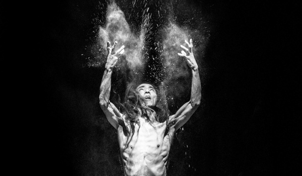 Going. | Naked Existence - Ośrodek Teatralny Kana