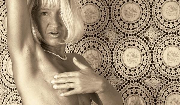 Going.   Kreatywne Stany Chorobowe: AIDS, HIV, RAK - Galeria Miejska Arsenał