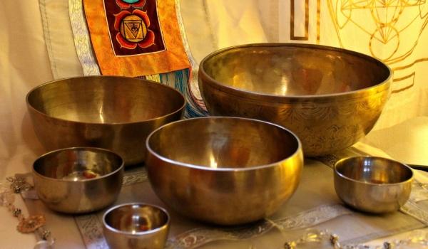 Going.   Misy i gongi tybetańskie - Klub Kultury Gocław
