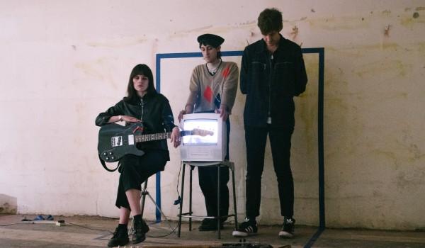 Going.   Drahla (UK/Captured Tracks) I 27.11 I Chmury - Klubokawiarnia Chmury