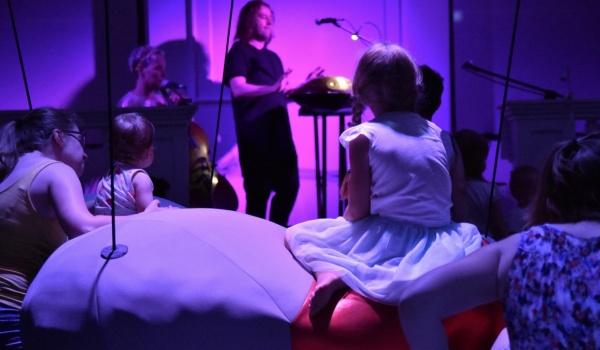 Going. | Kosmos - Teatr Małego Widza - Scena na Bednarskiej