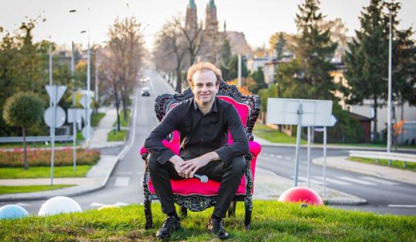 Going.   Nowy program Marcin Zbigniew Wojciech Stand-up - Artefakt Café   Sétka Sztuki