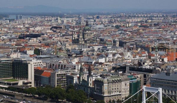 Going. | Budapeszt. Nie (tylko) znanym szlakiem - Dom Kultury Kadr