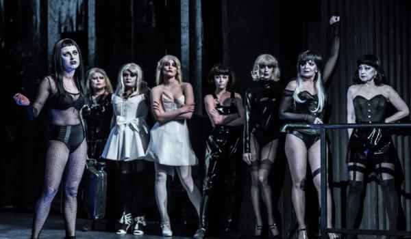 """Going.   Musical """"Opera za trzy grosze"""" reż. Jerzy Jan Połoński - Krakowski Teatr VARIETE"""