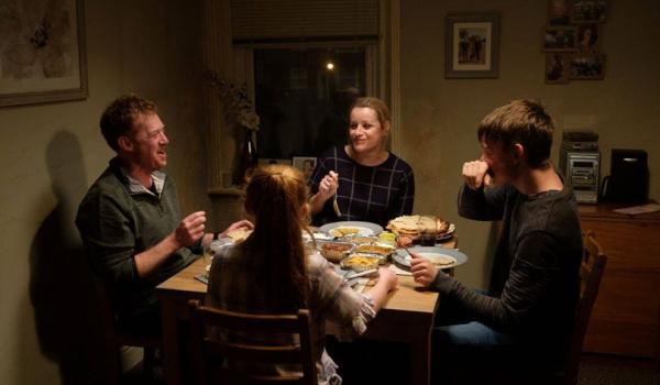 Going. | Nie ma nas w domu - Klub Filmowy