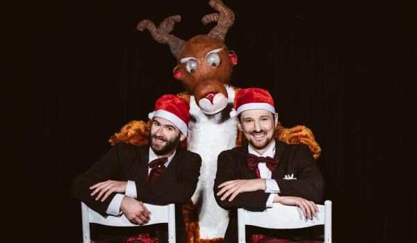 Going. | Pomocnicy Świętego Mikołaja - Prot I Filip - Teatr Kamienica