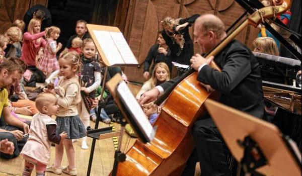 Going. | Filharmonia dla malucha - Kolędy świata - Filharmonia Lubelska