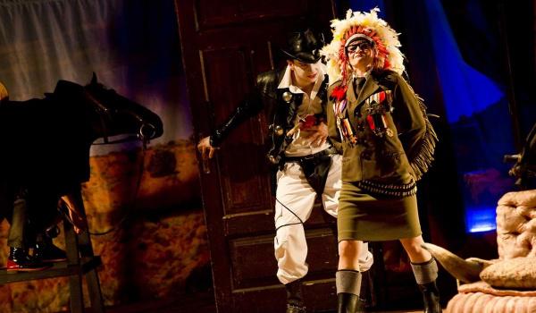 Going. | Texas Jim - Białostocki Teatr Lalek