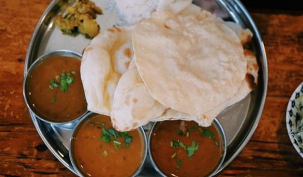 Going.   Kuchnia indyjska - warsztaty kulinarne - Zmokła Kura