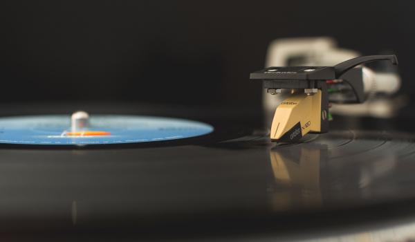Going.   Winyl, CD, streaming, kaseta - dlaczego wybrać każde z nich? - Inne Brzmienia