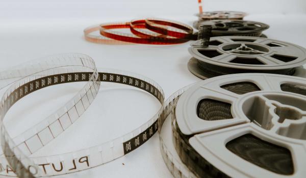 Going. | Ferie w kinie - Sztuczka