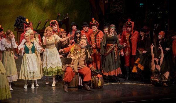 Going. | Baron Cygański - Teatr Muzyczny