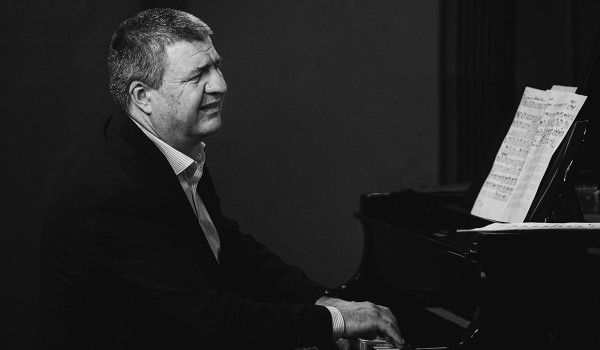 Going. | Starlight Night: Kuba Stankiewicz Trio - 12on14 Jazz Club