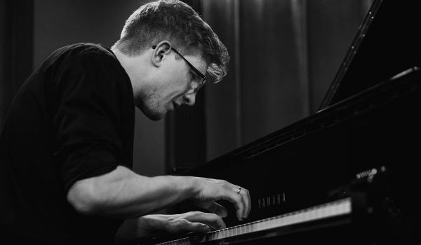 Going. | Michał Ciesielski SHARE(s)LOCATION - Piec Art Acoustic Jazz Club