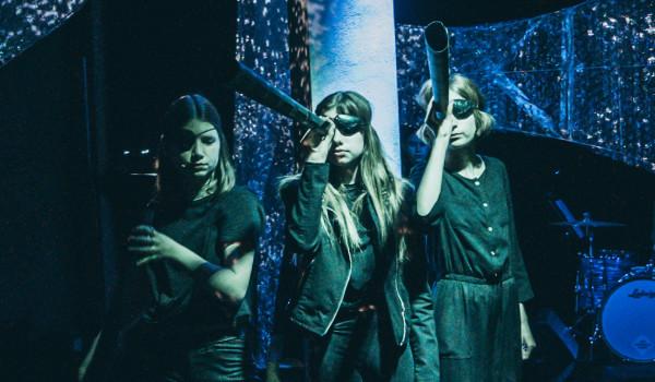 Going. | Morze - Nowy Teatr