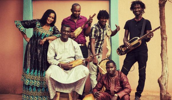 Going. | Bassekou Kouyaté & Ngoni Ba (Mali) - Pardon, To Tu