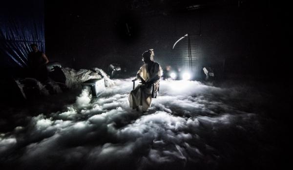 Going. | Jak ocalić świat na małej scenie? - Teatr Powszechny