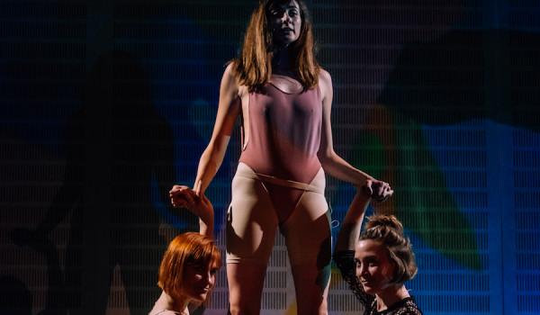 Going. | Lipa w cukrze - performans TERAZ POLIŻ - Nowy Teatr