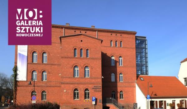 Going. | Galeria Sztuki Nowoczesnej - Galeria Sztuki Nowoczesnej - Oddział Muzeum Okręgowe im. Leona Wyczółkowskiego w Bydgoszczy